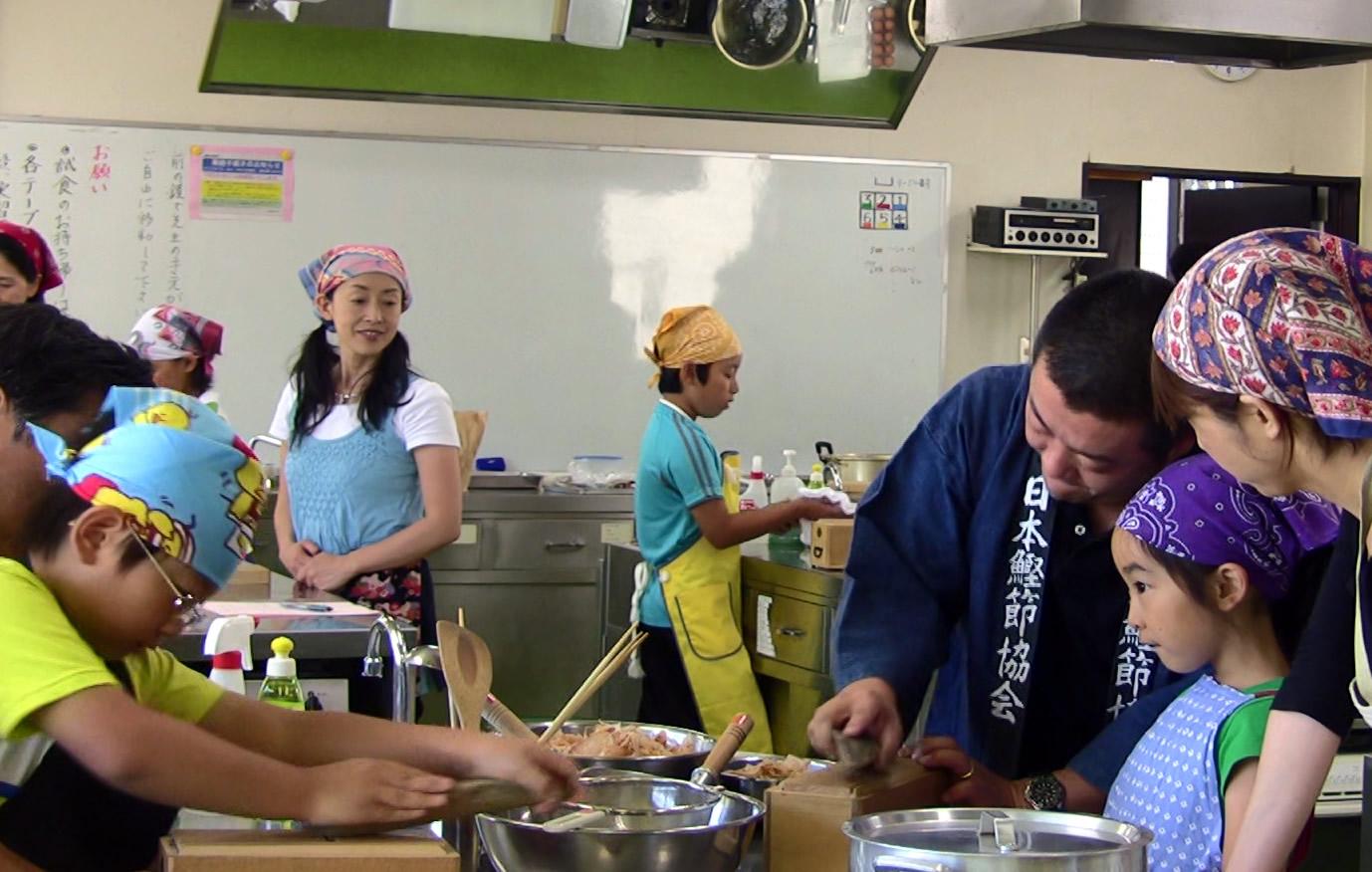 2010 コープ神戸『親子で学ぶおだしのヒミツ』09.jpg